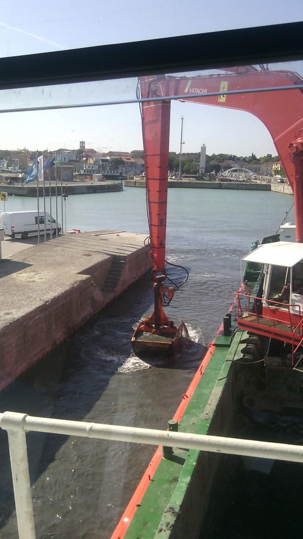 Fano, dragaggio del porto: al via i lavori da novembre