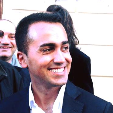 Maltempo, l'incontro con il vice premier Di Maio all'auditorium ex cinema Masetti