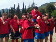 Rugby: si ferma a pochi passi dalla meta per far realizzare un sogno al suo compagno