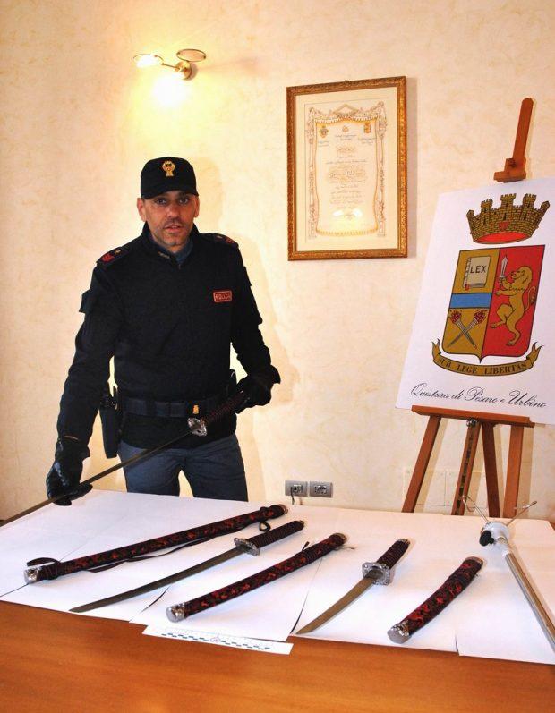 Entra al pronto soccorso con una spada: arrestato per tentato omicidio