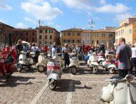 Vespisti di tutta Italia a Fano per il Raduno Riviera dell'Adriatico