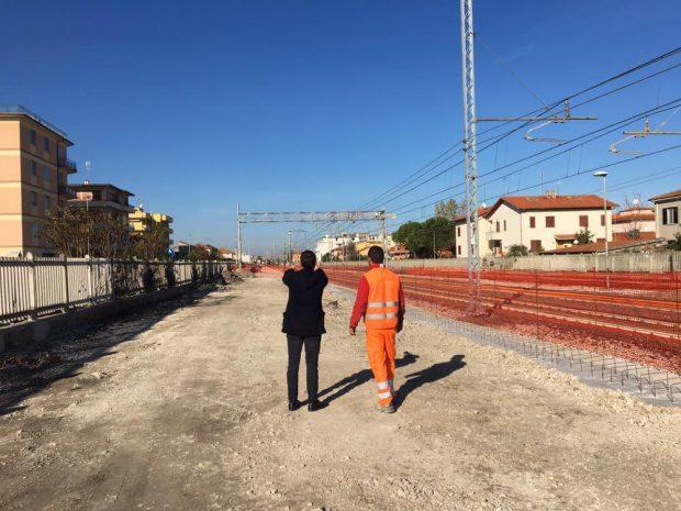 Pavimenti Autobloccanti Fano : Marotta nellarea del binario morto un grande parcheggio oltrefano.it