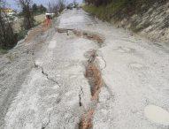 Maltempo, nella Valcesano situazione sempre più grave: dopo la strada Barbanti chiusa anche la 94 Monterolo