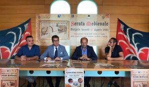 A Pergola la Serata Medievale: 250 figuranti, 15 gruppi storici e i buoi del Palio di Siena