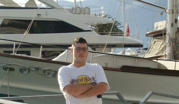 Ragazzo di 24 anni muore al cinema