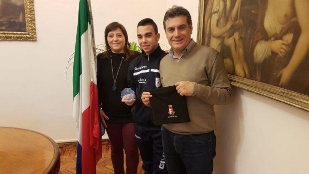 """Fano premia Lollo Marcantognini, il fanese """"mondiale"""" con la nazionale di calcio amputati"""
