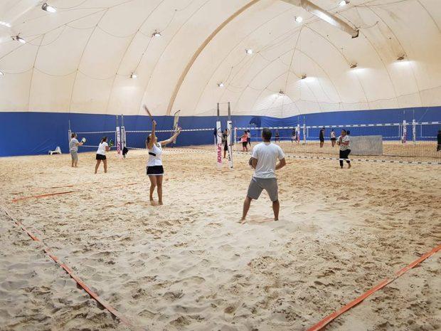 Il beach tennis indoor del Csi riparte da Lucrezia e Marotta