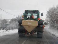 Sulle strade provinciali trattamenti antighiaccio diffusi e attività di sgombero neve, 39 i mezzi in azione