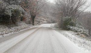 Neve: oggi lieve miglioramento, domani nuove precipitazioni. La situazione delle strade provinciali