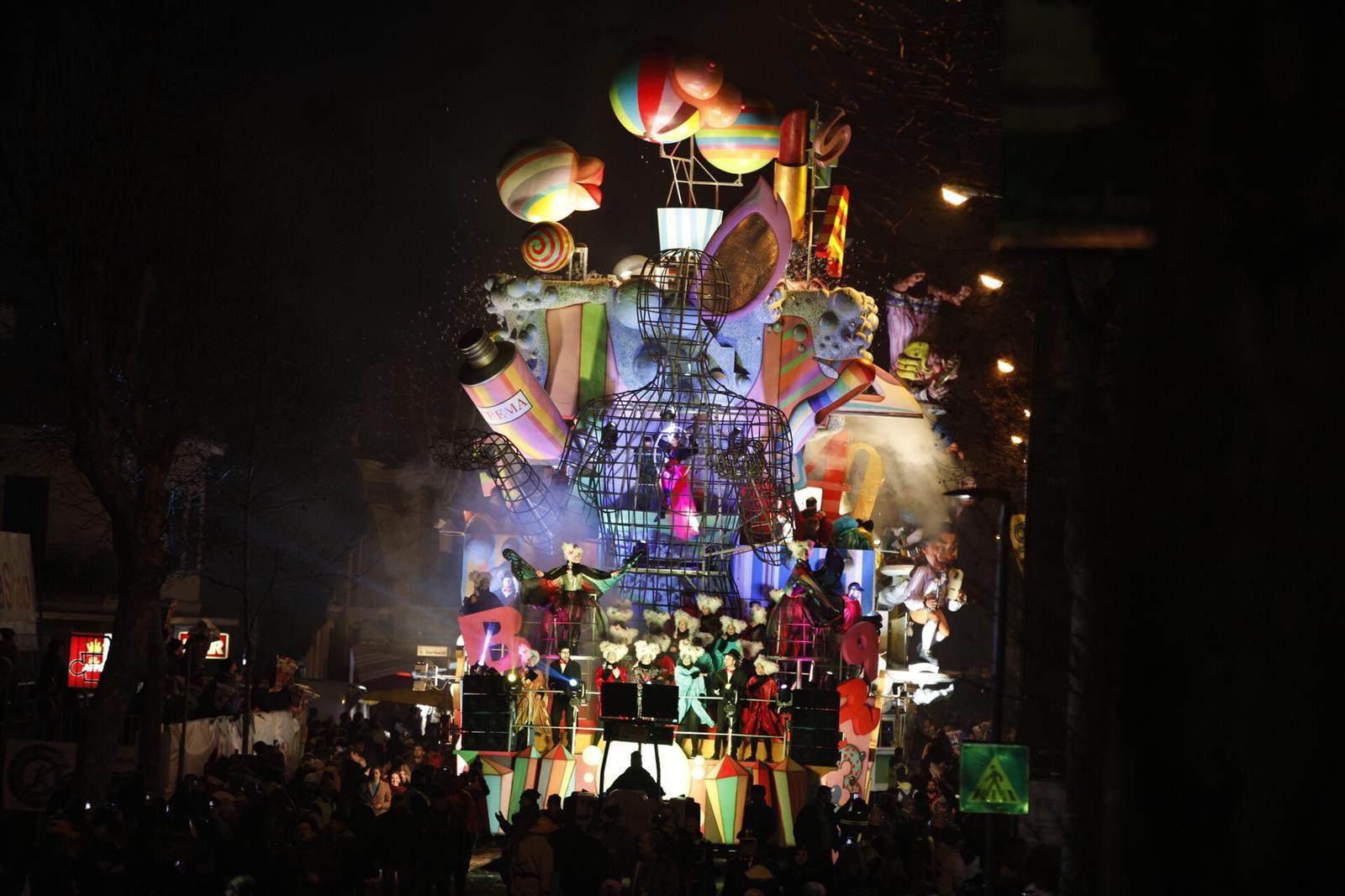 Oltre 10mila Persone Al Carnevale Di Fano Giornata Di Festa Ma