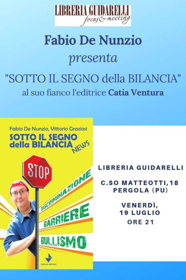 Alla libreria Guidarelli l'ex inviato di Striscia Fabio De Nunzio presenta il libro 'Sotto il segno della bilancia news'