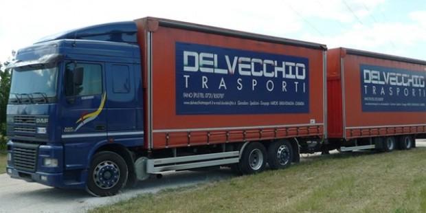 Delvecchio-Trasporti-camion1.jpg