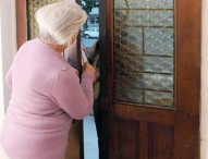 Emergenza Coronavirus, truffatori chiedono soldi agli anziani
