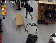 Denunciati 3 minorenni per furto