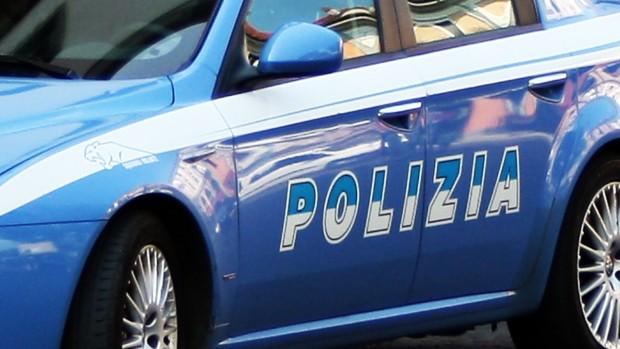 Polizia, controllate 180 persone e 72 veicoli: due arresti