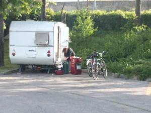 nomadi-fano-parcheggio
