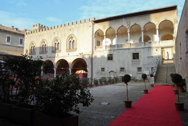 Fano, sabato riaprono Museo archeologico e pinacoteca del Palazzo Malatestiano