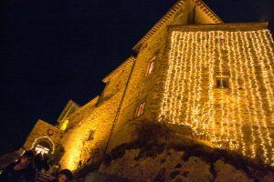 frontone-mercatino-natale-castello