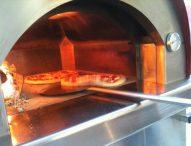 San Lorenzo in Campo, a Pizza in Piazza protagonista la qualità: convegno sul farro, i migliori prodotti in cucina, laboratori