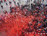 Pesaro, Ricci dà l'addio alle auto in piazza e apre l'anno di Rossini