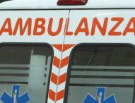 Auto contro furgone, muore 30enne