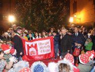I Bronzi dorati e il fascino del centro storico: Pergola entra nel club de I Borghi più Belli d'Italia