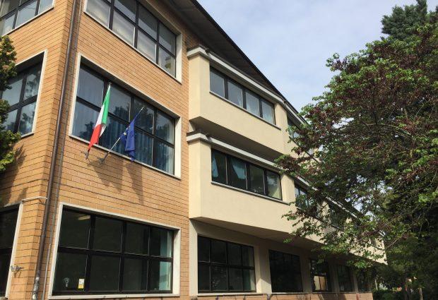 """Lega Fano: """"Allibiti per mancata idoneità di 3 istituti superiori, impensabile utilizzare i container"""""""