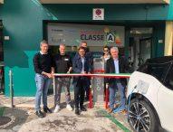 Inaugurata a Mondolfo colonnina per ricaricare i veicoli elettrici: la prima nella Valcesano