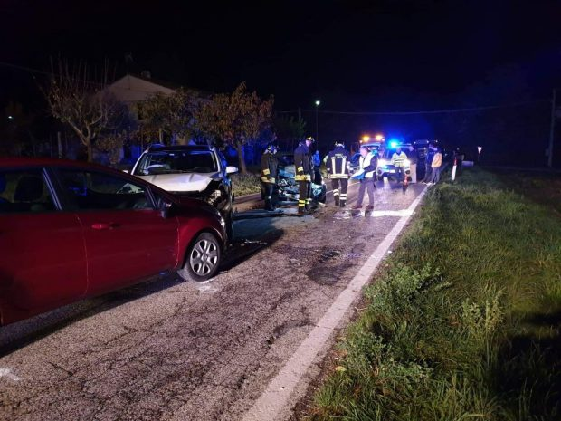 Maxi incidente tra San Lorenzo in Campo e Pergola