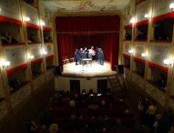 Prosa, i comici del San Costanzo Show, la Giornata Nazionale del Dialetto: a San Lorenzo in Campo un teatro aperto tutto l'anno