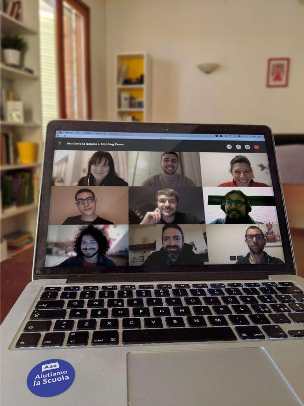 Esperti digitali in supporto a professori e studenti, a Fano è nato il progetto Aiutiamo la Scuola