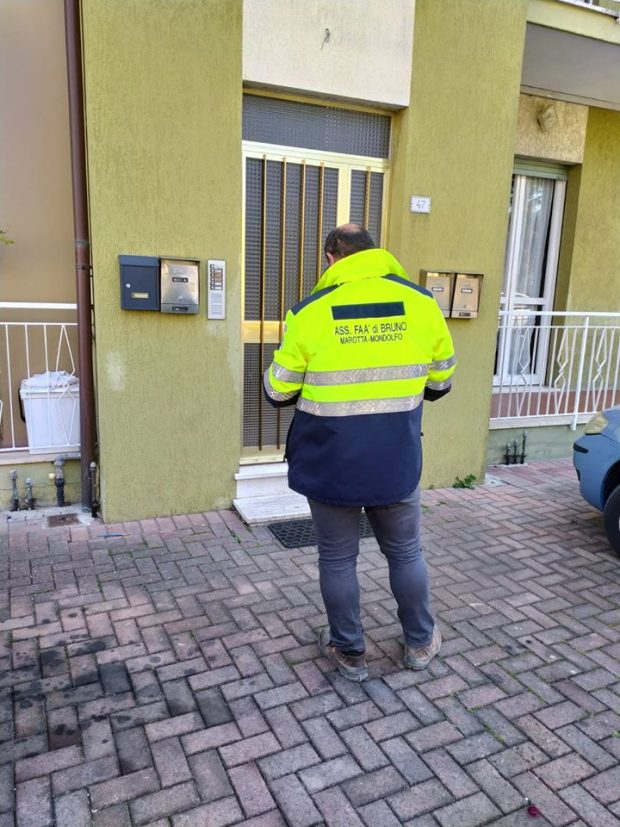 Buoni spesa, la situazione nella Valcesano: a Mondolfo distribuiti 150, a Pergola e San Lorenzo con mascherine
