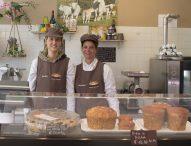 Cartoceto, la macelleria gastronomia 'Le sorelle' avvia l'attività