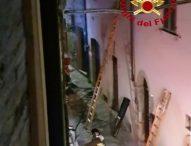 Incendio in un appartamento di Cagli. Trovato morto il proprietario