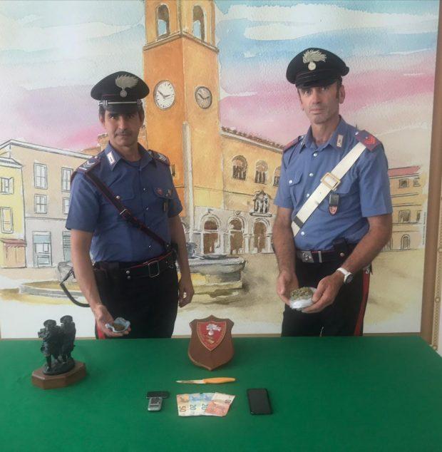 Alla stazione di Fano con hashish e marijuana nello zaino e negli slip: arrestato