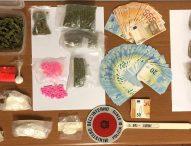 Cocaina, hashish, anfetamine ed ecstasy: arrestato giovane. Acquisti in rete?
