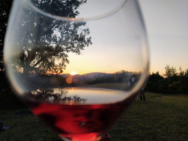 A Pergola nel week-end arte e dolcezza con Colori e Tinte  a tavola e la Notte Romantica nei Borghi più belli d'Italia