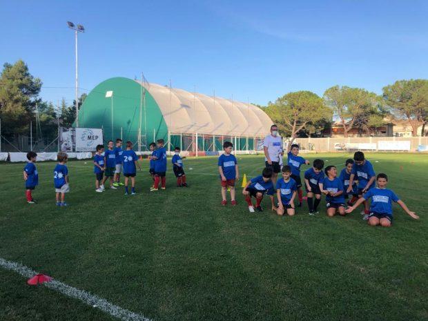 A Pergola si torna a giocare a calcio. Un successo l'Open Day: presentata affiliazione con il Bologna