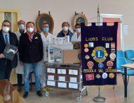 Il Lions Club Pergola Valcesano dona all'ospedale Santi Carlo e Donnino 5 computer e 6 termoscanner