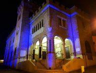 Mondolfo, il Palazzo comunale si tinge di blu per la Giornata mondiale sull'autismo
