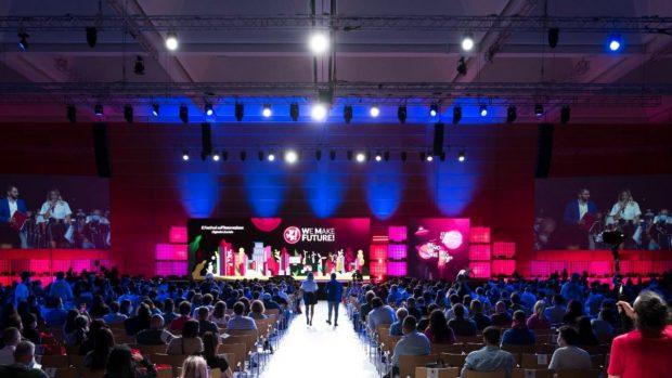 Rimini saluta il WMF2021: la IX edizione del Festival sull'Innovazione riunisce migliaia di persone in presenza e online
